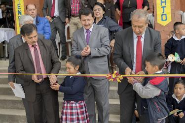 Alcalde De Pasto Entregó Obras De Infraestructura A La Comunidad Educativa De La IEM Cristo Rey En El Corregimiento De San Fernando